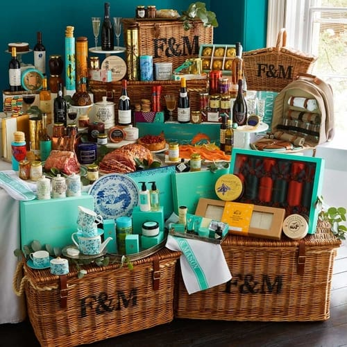 gift guide, Imperial hamper by Fortnum and Mason, 4 wicker hampers, food, drinks, crackers, tea set, beauty products