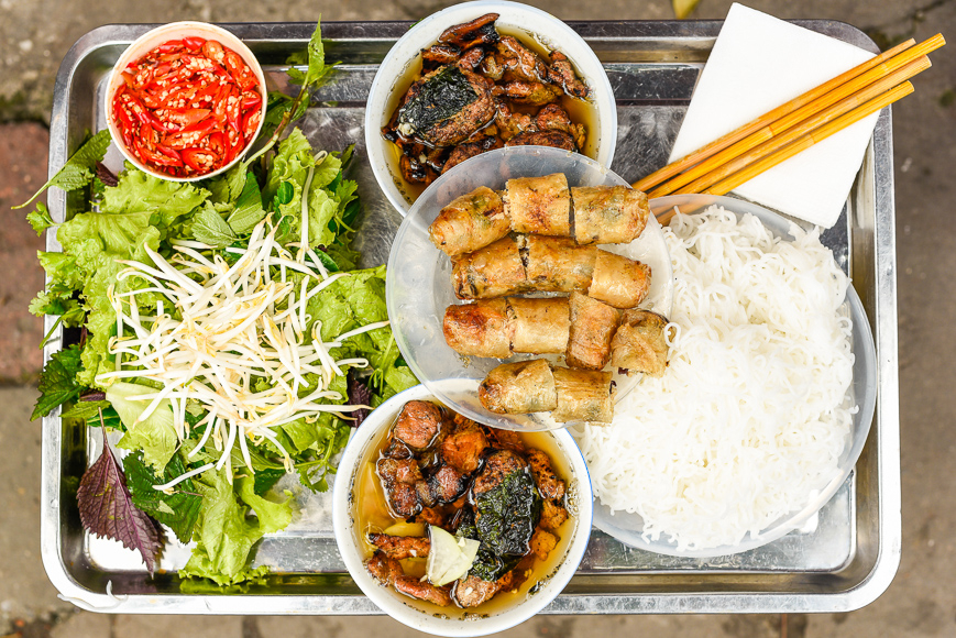 Vietnam, food, tray of Bun Cha