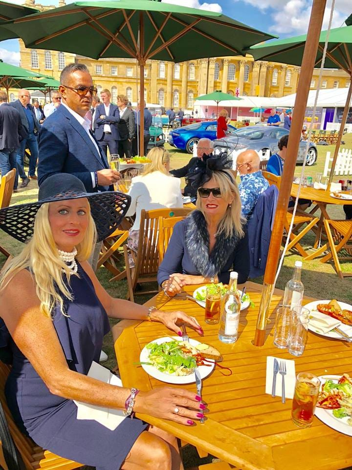 Salon Privé 2018, Juliette and Fiona with lobster and salad lunch, under a parasol