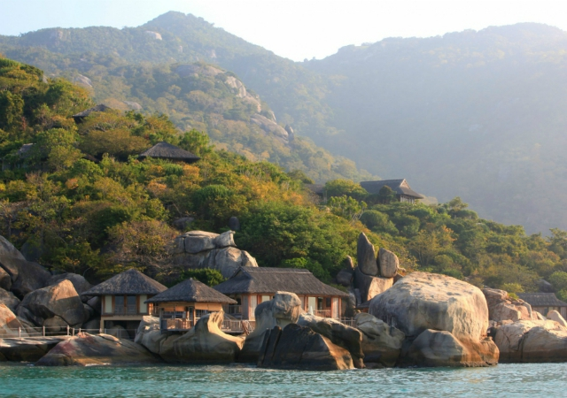 Vietnam, hotels, Six Senses Nimh Van Bay