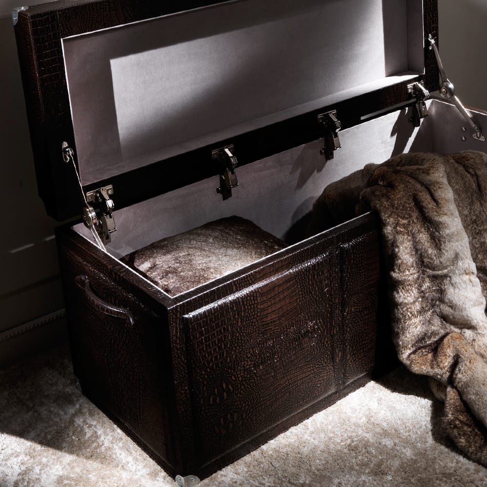 Stylish-Storage-Brown-chest-4