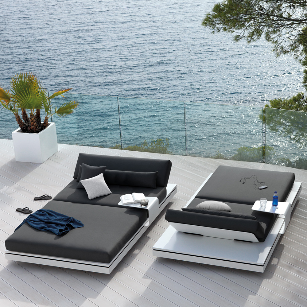 Modern Designer Outdoor Double Sun Lounger