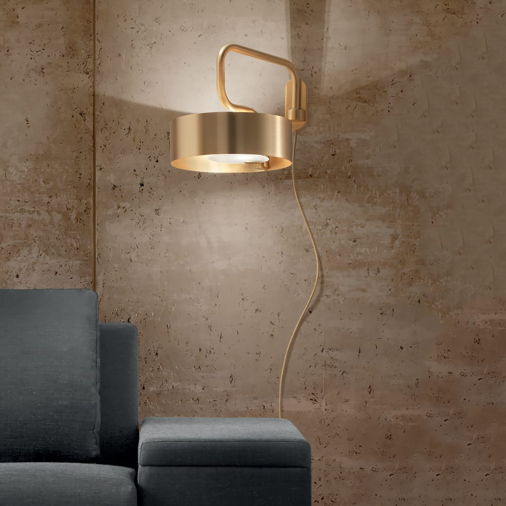 Contemporary Italian Brushed Gold Plated Wall Lamp