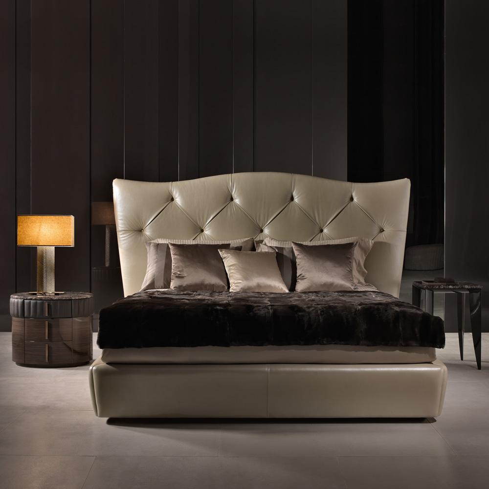New Arrivals, High End Button Upholstered Leather Designer Italian Bed