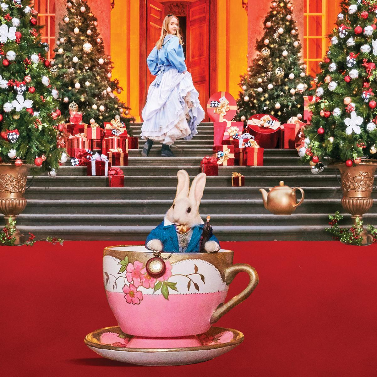 Magical Christmas Places, Blenheim Palace, Alice in the Palace