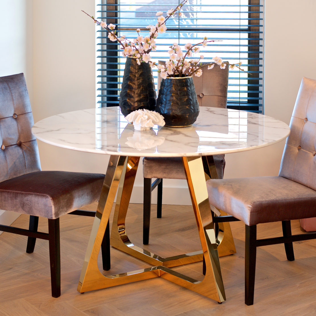 Contemporary Round Faux Marble And Gold Finish Dining Table