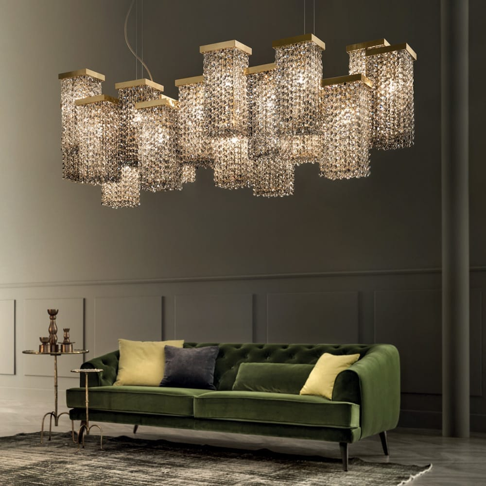 lighting trends 2020, extra large contemporary chandelier, cube elements with crystal drops
